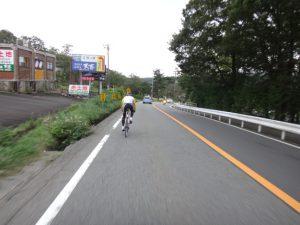 都留から、富士吉田・山中湖へ登ってきた標高と同じだけ、須走まで下ります。スピードの出しすぎに注意です。