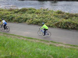 今日のゆるサイクリングはロードバイク以外にもさまざまな車種が参加