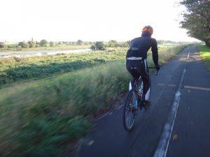 自転車に乗って鶴見川CRと多摩川CRを使って羽田空港へ