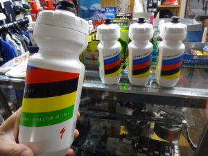 specialized-purist-22oz-bottle-world-champ-2016